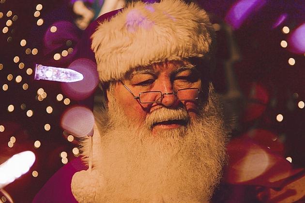 À défaut de rencontrer le Père Noël, les enfants peuvent lui parler en visio