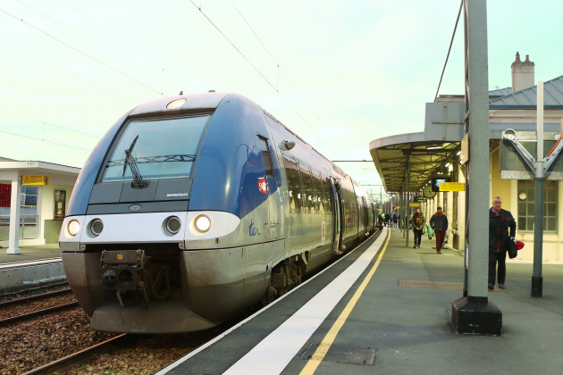 Ponctualité, pannes, travaux : la SNCF s'engage auprès de la Région