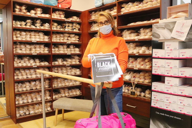 Malgré le report, cette commerçante maintient son Black Friday