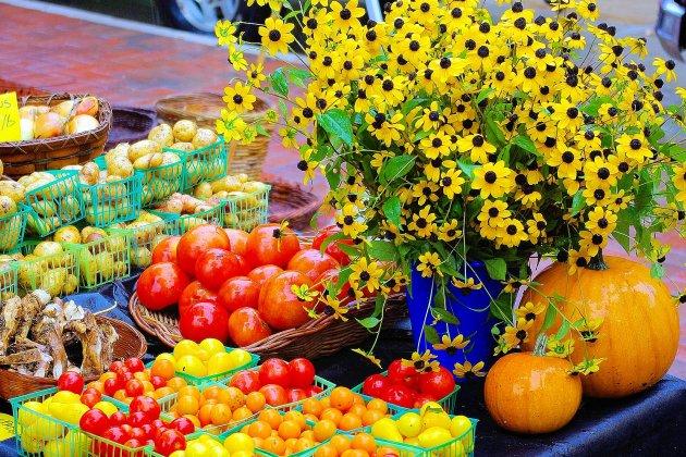 Un marché organisé en soutien aux producteurs locaux