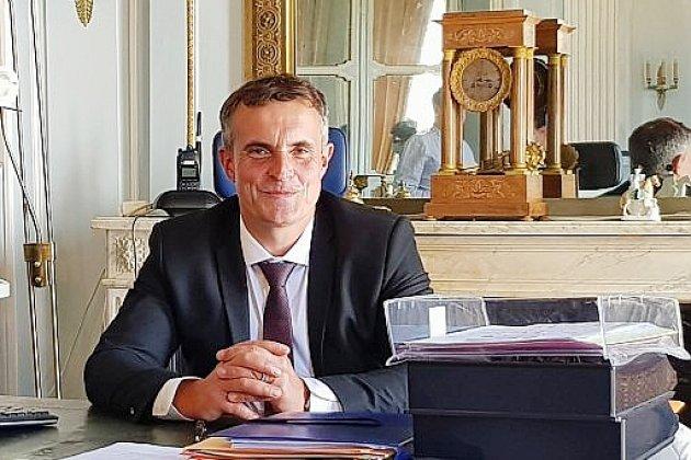 Violences conjugales: le sous-préfet de Mortagne-au-Perchesuspendu