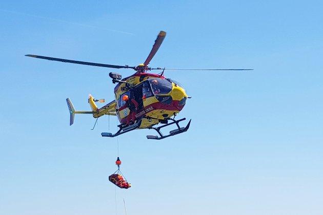 Evacuation d'un marin blessé au large de Fécamp