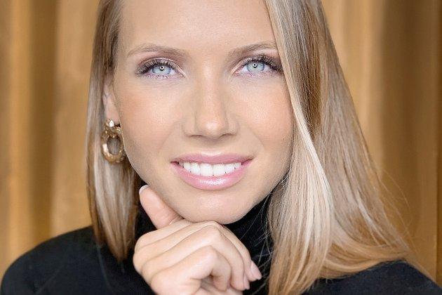Amandine Petit élue Miss France 2021!