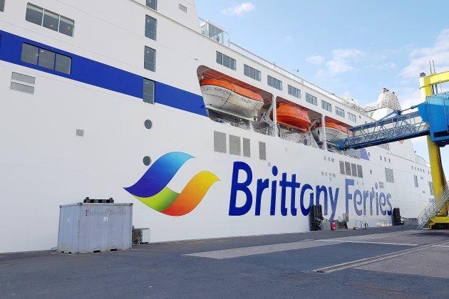 Liaisons transmanche: les ports normands attendent leurs voyageurs