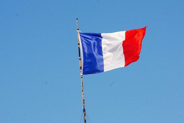 Soldats tués au Mali : la tour des Archives aux couleurs de la France
