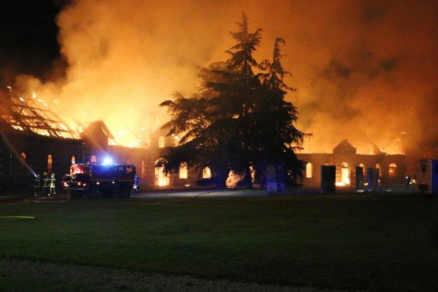 Aucun suspect identifié après l'incendie du Harasnational
