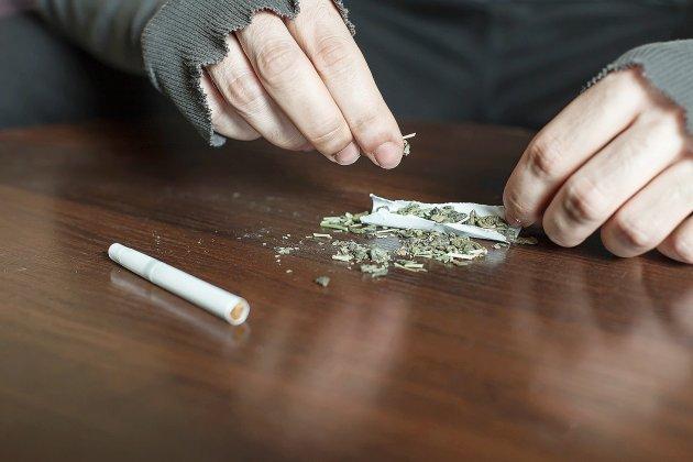 Untrafic de stupéfiants démantelé: quatre personnes en garde à vue