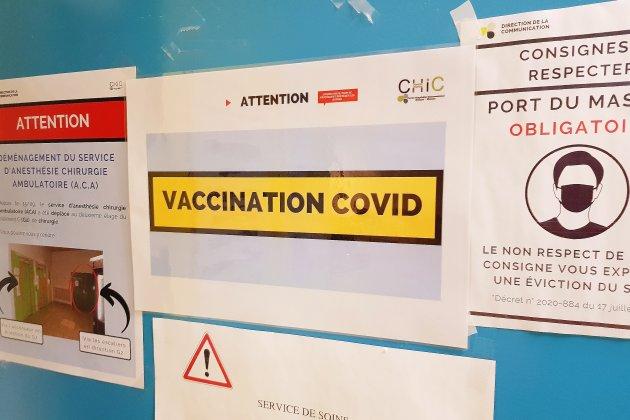"""Covid-19 : """"Lecentre de vaccination de l'hôpital n'est pas fermé"""", assure le directeur"""