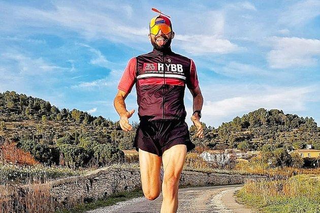 Le triathlète normand Hermann Simon publie une nouvelle vidéo virale
