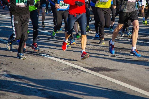 Le semi-marathonrecherche des bénévoles et une famille à parrainer