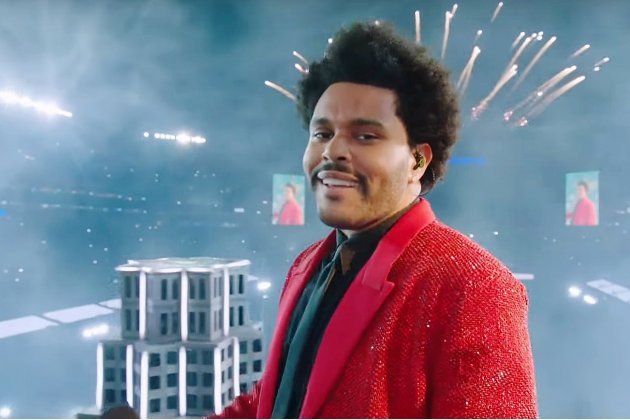 Revivez l'incroyable show de The Weeknd à la mi-temps de Superbowl