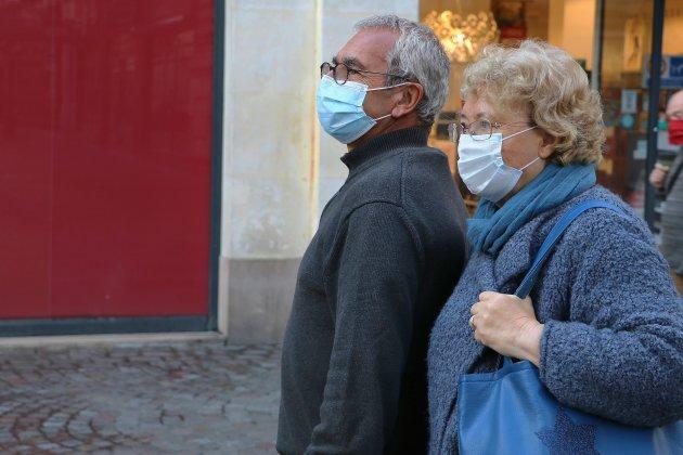 Le port du masque obligatoire dans la rue prolongé jusqu'au 6 avril