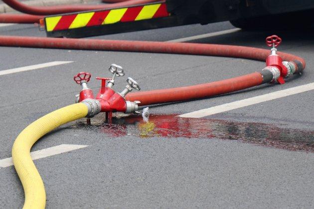 Autoroute A29. Un feu se déclare sur un poids lourd et se propage à la cargaison de whisky