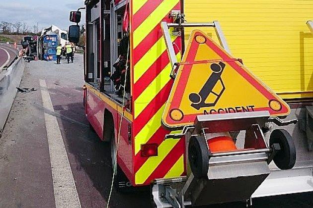 Cinqblessés dans un accident de la route, donttrois enfants