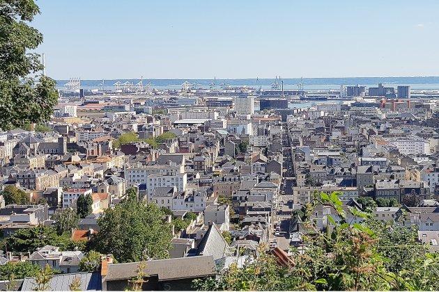 """Reconfinement: """"une douche froide"""" pour le Medef au Havre"""