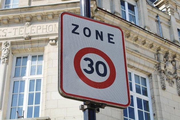 """Sécurité routière: toute la ville en """"zone 30""""?"""