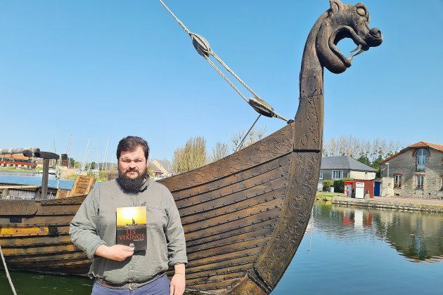 Les Vikings racontéset expliquésparDamien Bouet