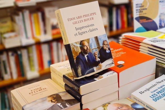 """Sortie du livre d'Édouard Philippe: """"Un best-seller annoncé"""""""