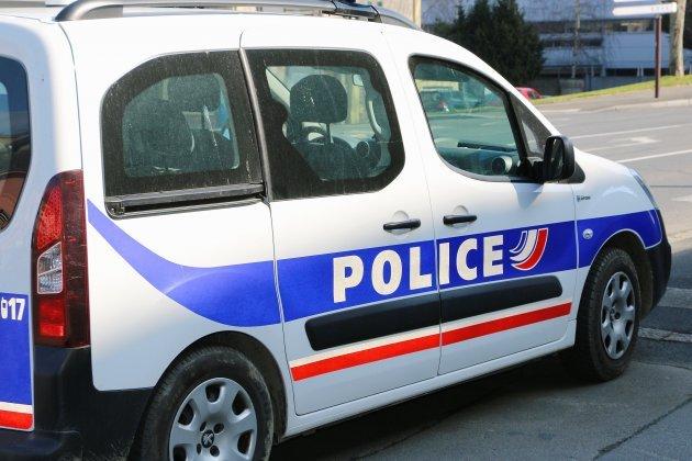 Une fusillade à Paris devant un hôpital: un mort et un blessé