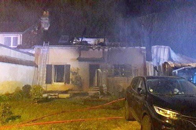 Un violent incendie détruit une maison d'habitation
