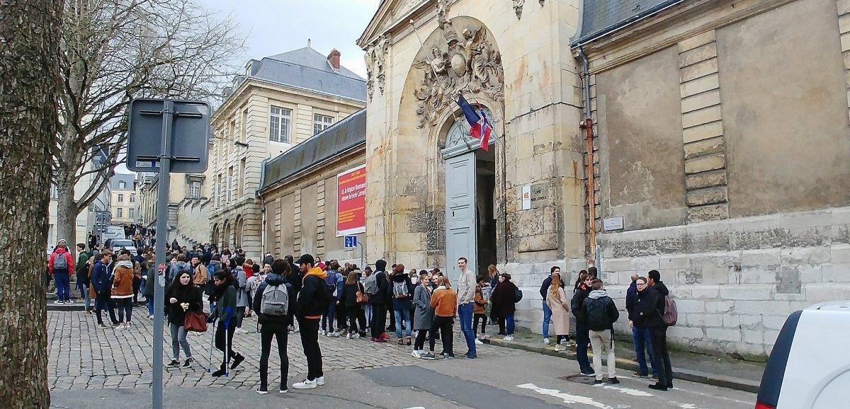 Bientôt un bâtiment au nom de Thomas Pesquet aulycée Corneille?