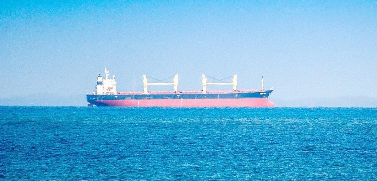 Deux marins d'un pétrolier évacués par hélicoptère