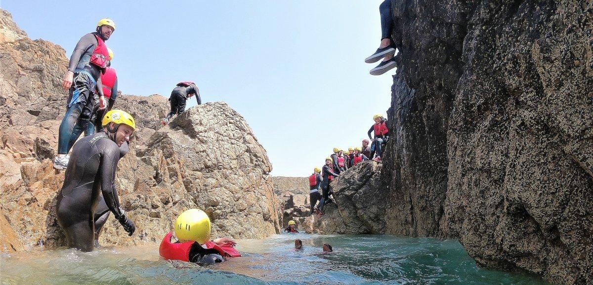 On a testé pour vous le coasteering: sensations fortes garanties