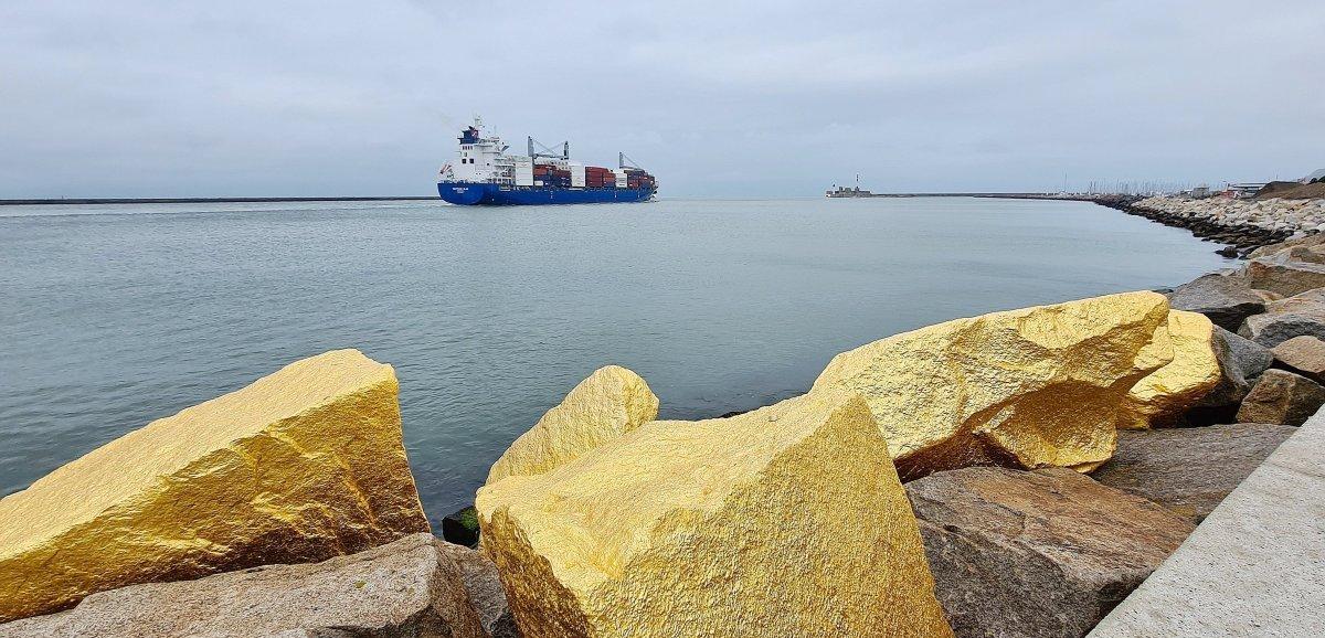 Le Havre. Des pépites d'or géantes sur le front de mer