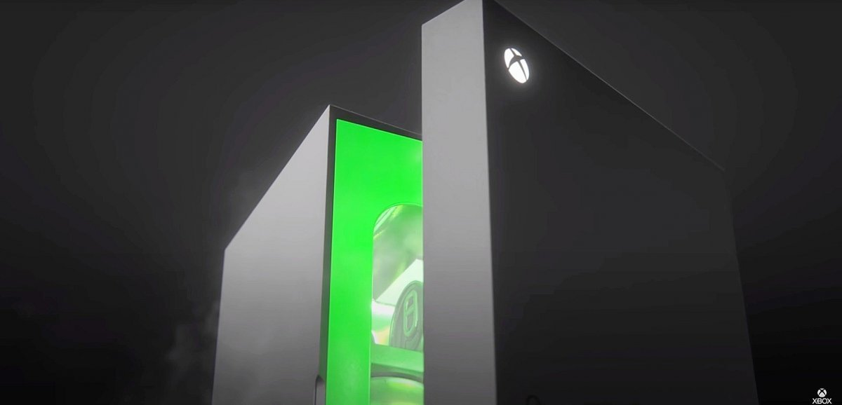 Insolite. Pour honorer un pari, Microsoft sort non pas une console mais… un frigo!