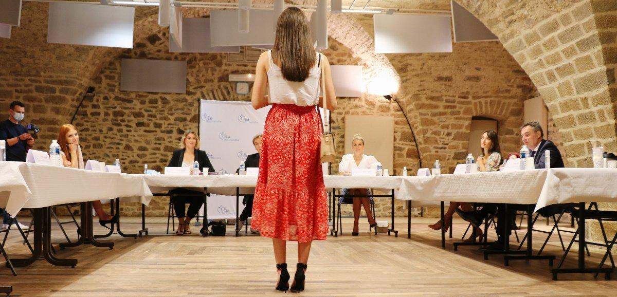 Miss Normandie. À vous de jouer: passez le test de culture générale des candidates!