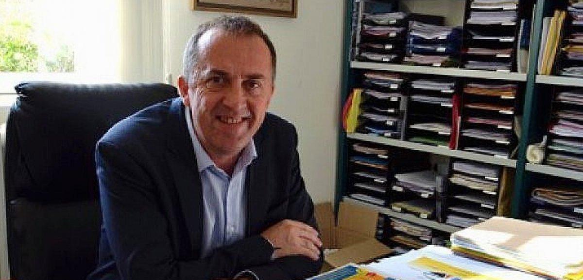 L'ancien maire Franck Cottard condamné pour des attouchements