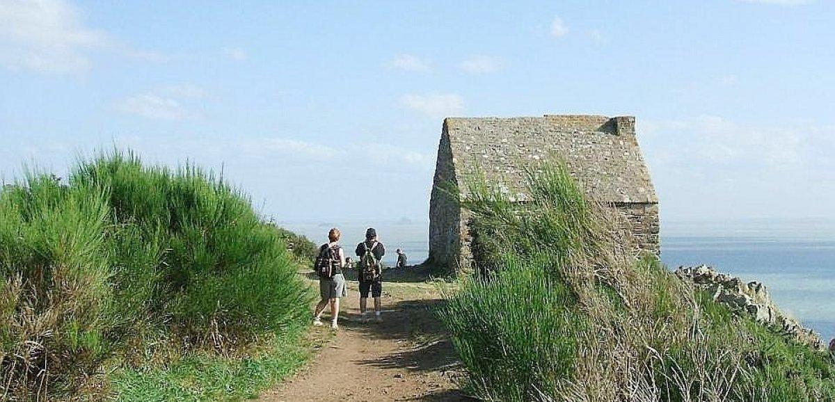 Carolles. Les falaises de Champeaux et la Vallée du Lude:une destination inspirante!