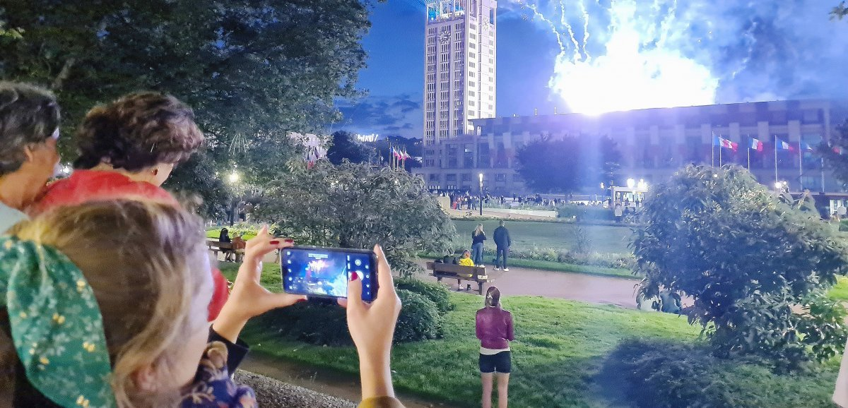 Avez-vous vu la surprise dans le ciel pour le 14 juillet?