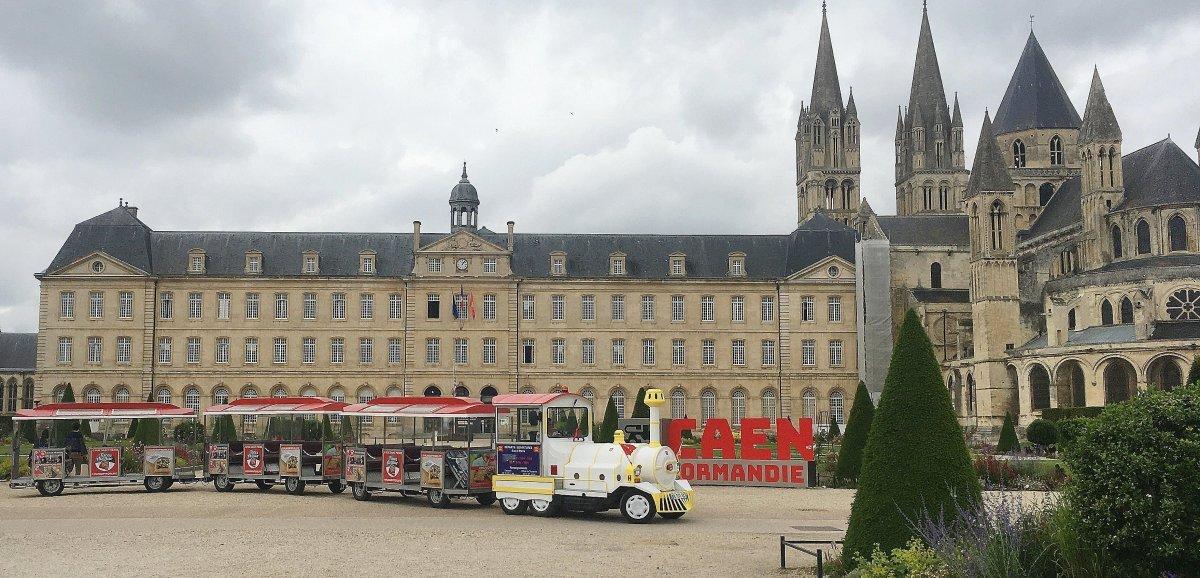 Tourisme. L'incontournable visite de Caen en petit train