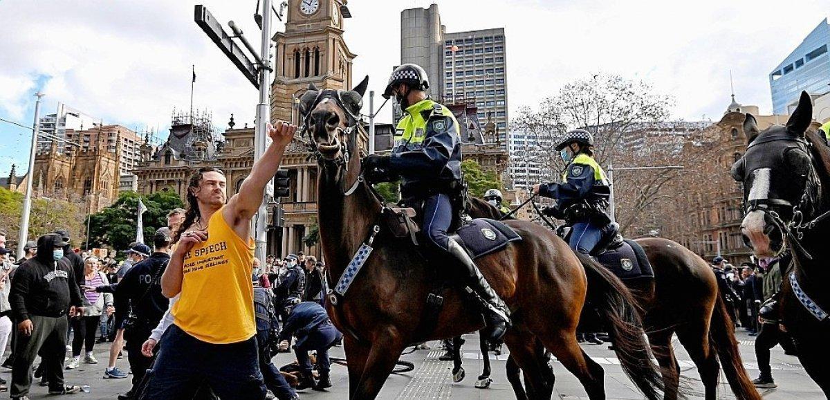 Australie: manifestations anti-confinement, affrontements avec la police à Sydney