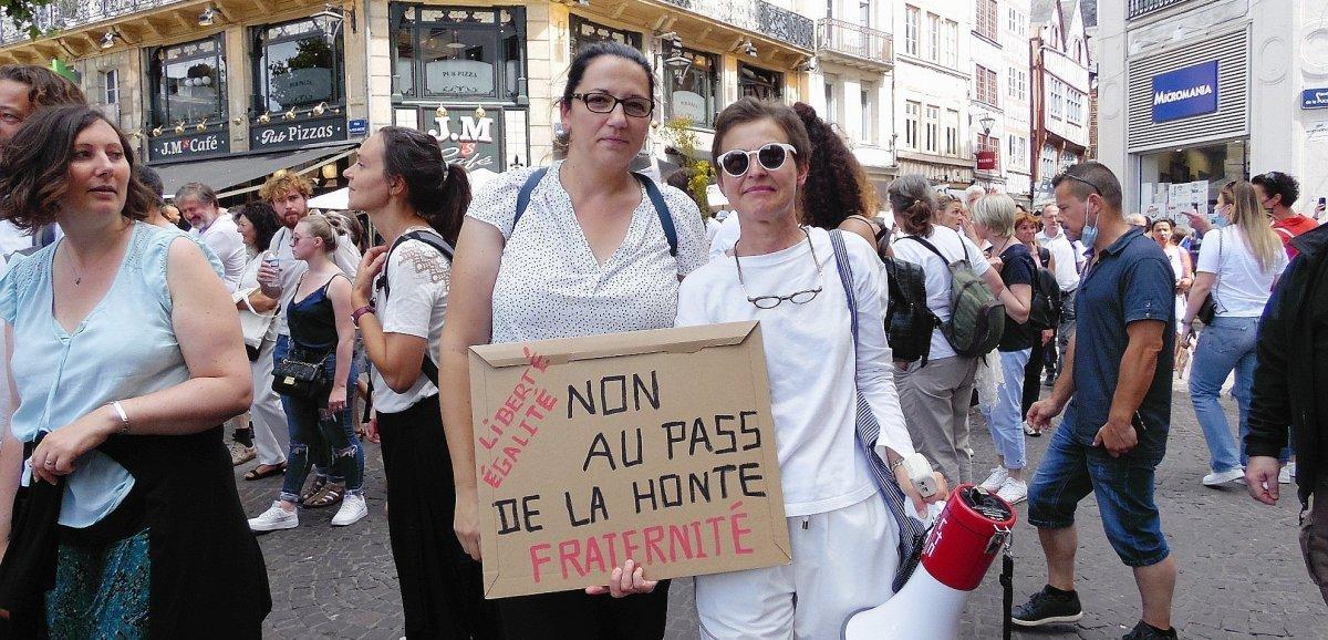 [Photos] Rouen. Des centaines de manifestants défilent contre le pass sanitaire