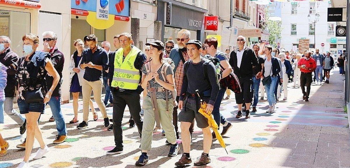 Manche. 600 personnes contre le passe sanitaire dans les rues de Cherbourg
