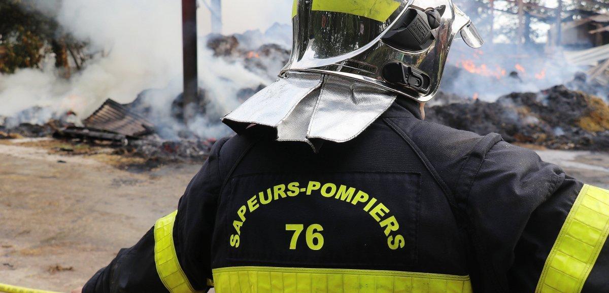 [Actualisé] Seine-Maritime. Un bâtiment agricole en feu près de Rouen