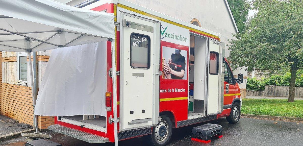 Manche. Les sapeurs-pompiers aménagent un centre de vaccination mobile