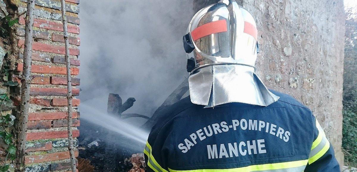 Près de Coutances. Un bâtiment agricole prend feu
