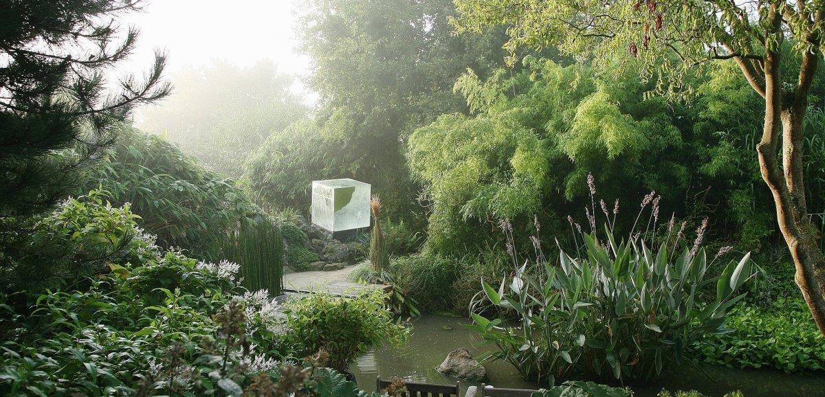 Athis-de-l'Orne. Un jardin intérieur, mais à ciel ouvert!