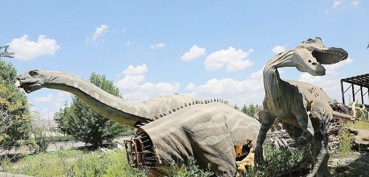 Un parc d'attractions à l'abandon raconte les maux de la Turquie