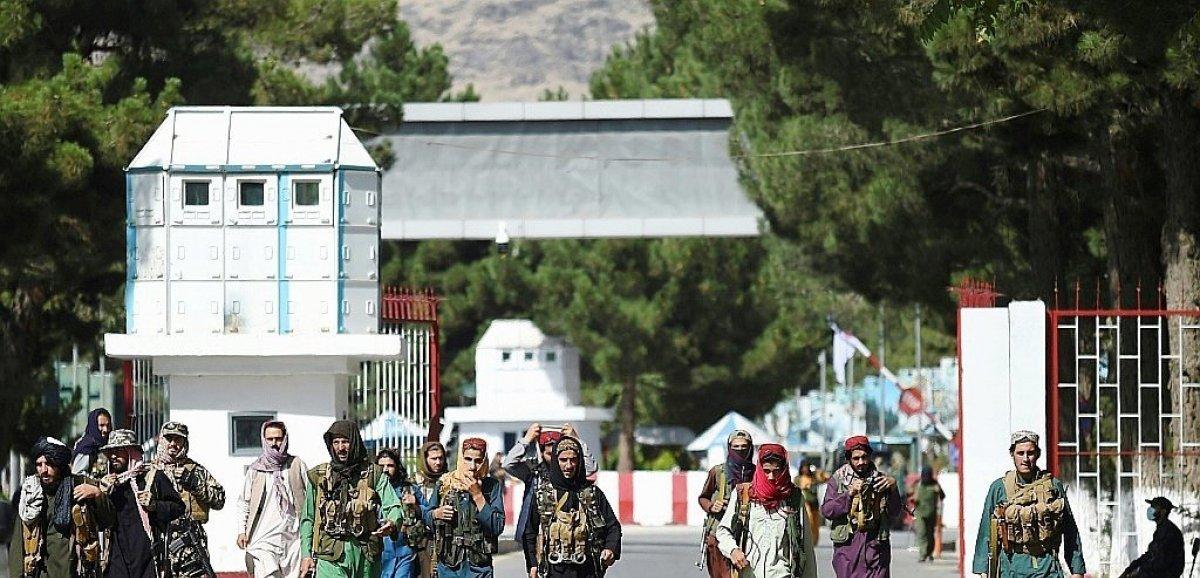 France-Monde. Afghanistan: frappe américaine contre deux cibles de l'EI, les évacuations touchent à leur fin