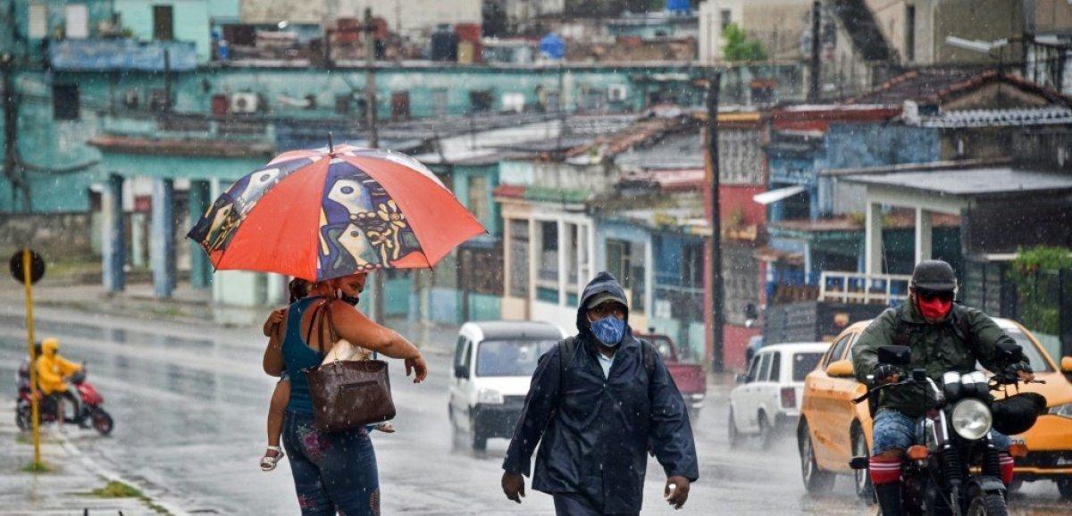 L'ouragan Ida s'éloigne de Cuba, menace la Louisiane