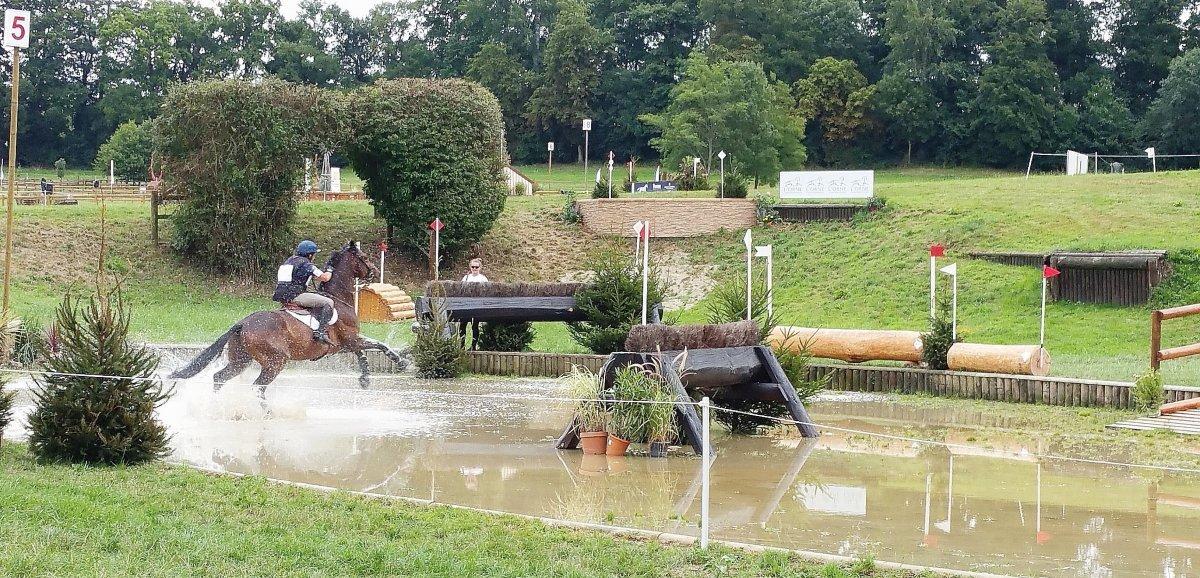 Orne. Le Grand National, concours d'équitation au Haras national du Pin