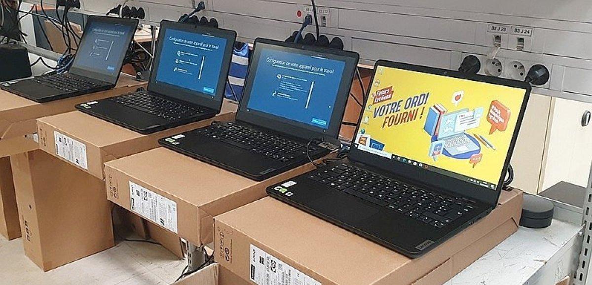 Normandie. Des ordinateurs bientôt distribués gratuitement aux élèves