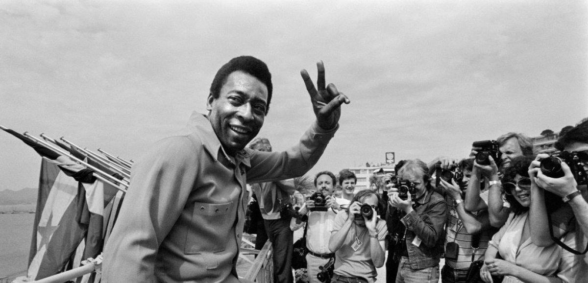 Brésil: Pelé opéré d'une tumeur