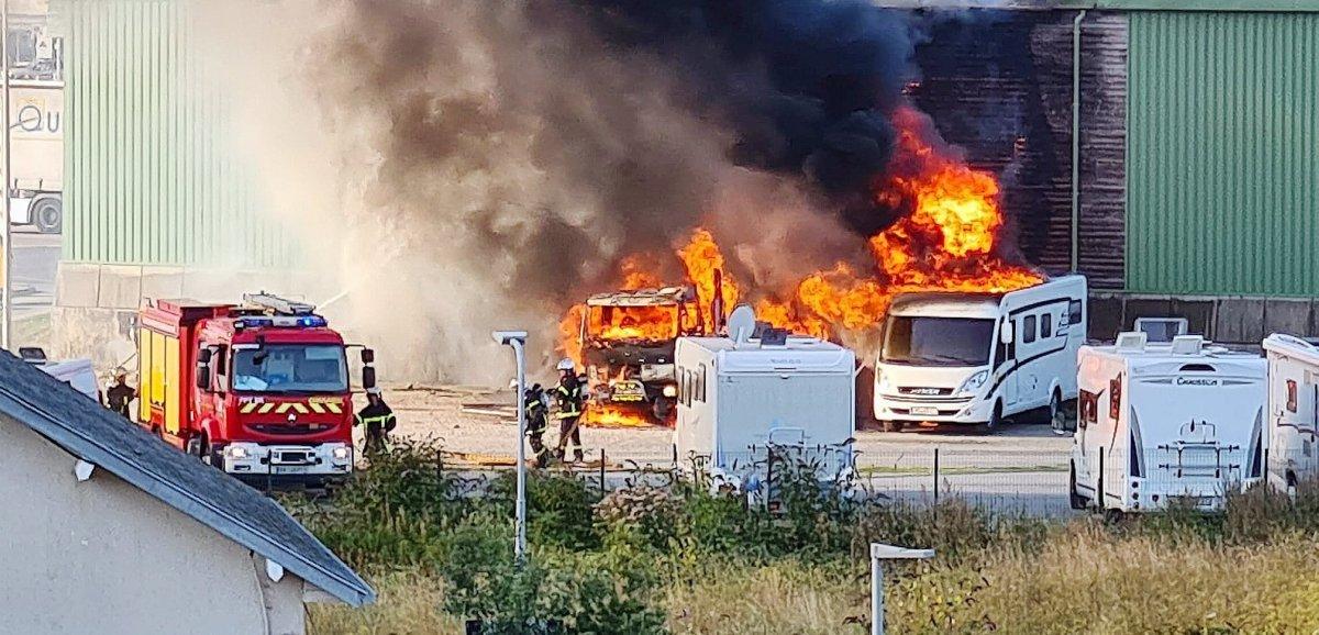 Fécamp. Deuxtouristes brûlés dans l'incendie de leur camping-car