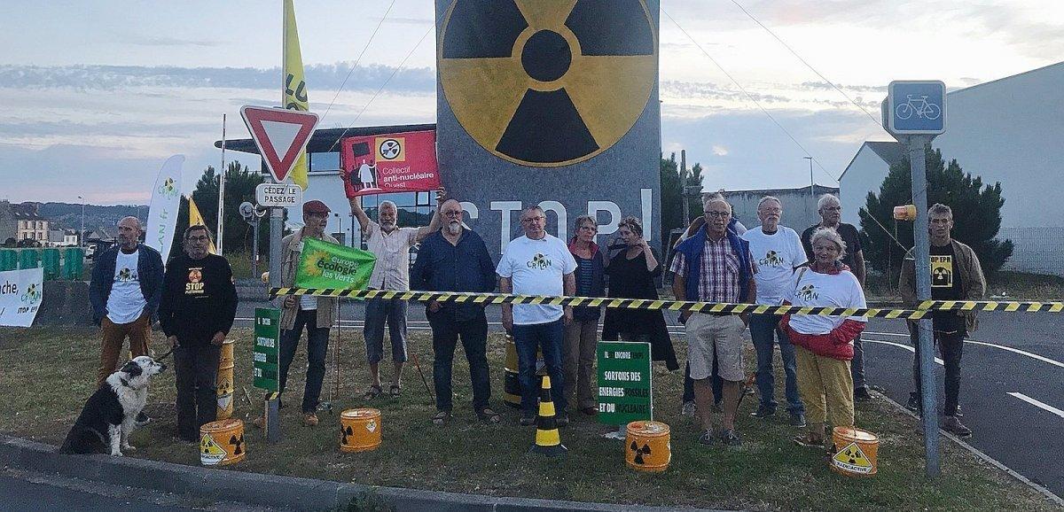 La Hague. Convoide combustible: une quinzaine de militants réunis