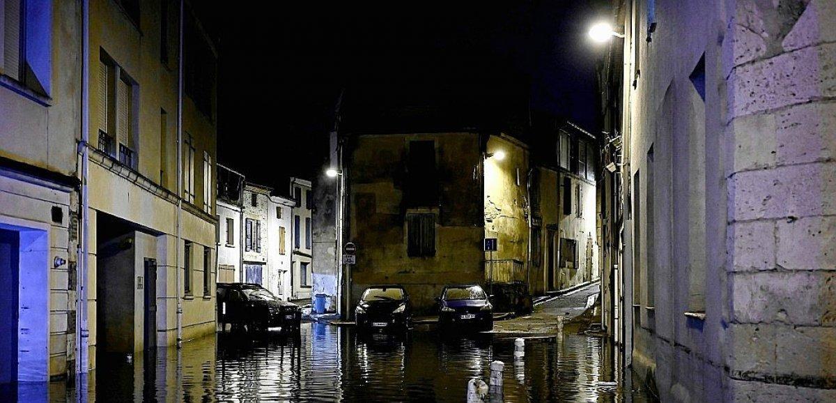 Pluies diluviennes :